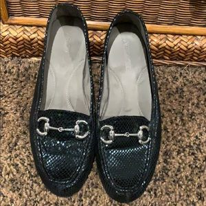 Aerosoles flat loafer